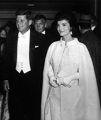 jackie kennedy wedding ring. jackie kennedy wedding ring.